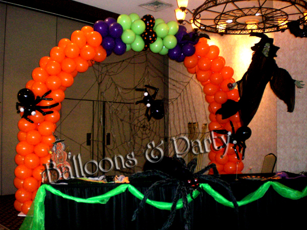 Halloween balloon decorations party favors ideas