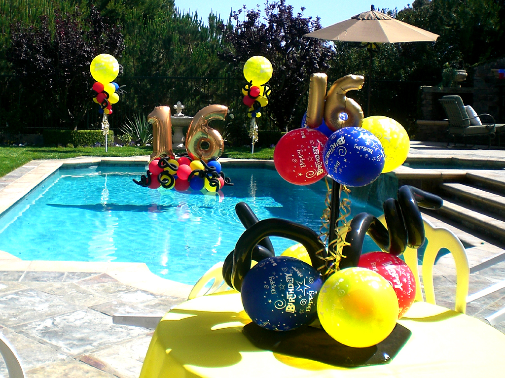 Balloon arch ideas balloons n party decorations orange for Pool photoshoot ideas