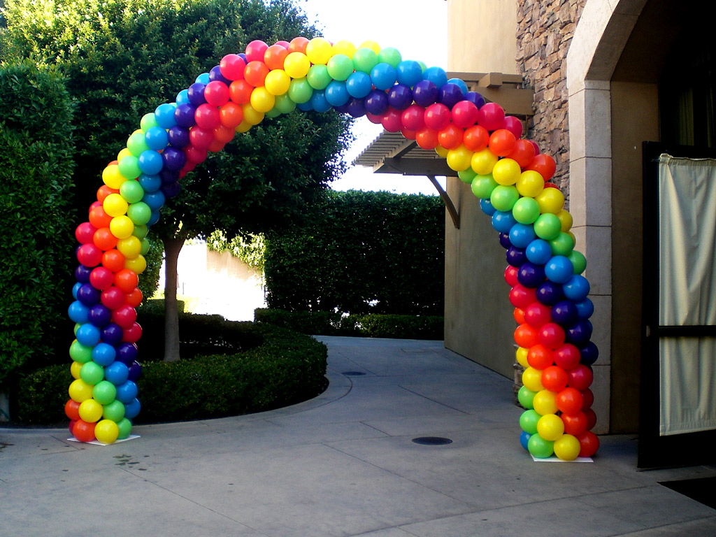 Balloon ideas photo albums balloon arch column wedding for Arch decoration pictures