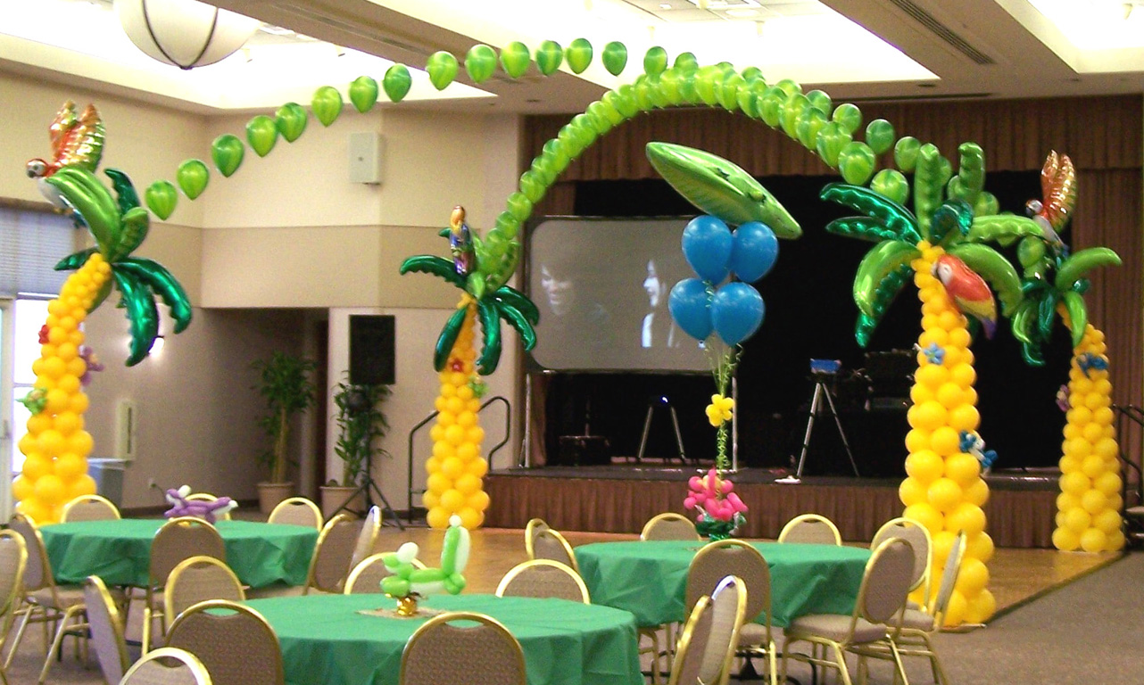 Balloon backdrop ideas balloons party decorations for Arch decoration supplies