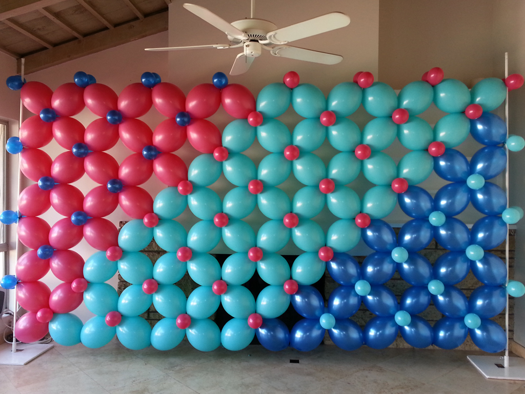 Backdrop balloon decoration images for Balloon backdrop decoration