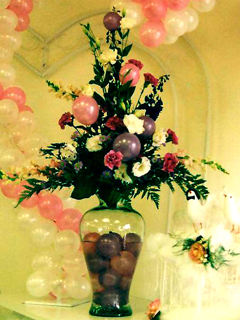 Floral Arrangement Ideas - Balloons N Party Decorations Orange County