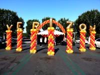 Verizon Name Spiral Balloon Columns